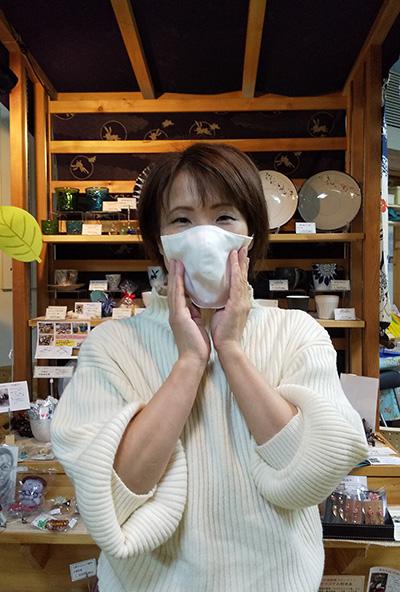 あべけぇこさんの白マスク作りました あとりえ千尋の海